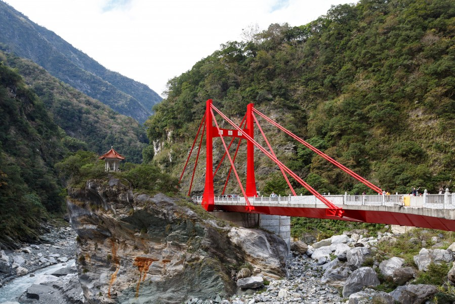 Taroko-Gorge Hualien Taiwan Cihmu-Bridge-at-Taroko-National-Park-01