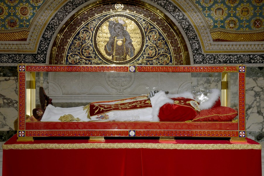 Tomb of Pius IX