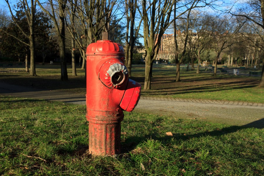 Toulouse - Red fire hydrant