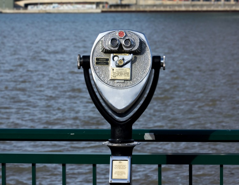 Tower viewer, Windsor city waterfront, 2014-12-07