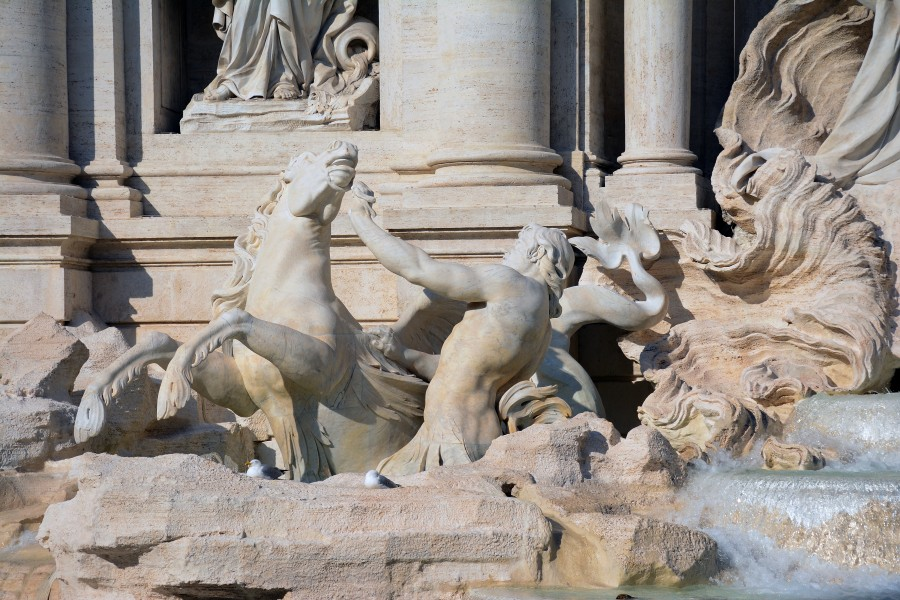 Trevi fountain - details 1