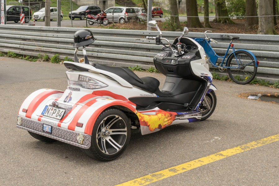 Trike - decorated with printed foil