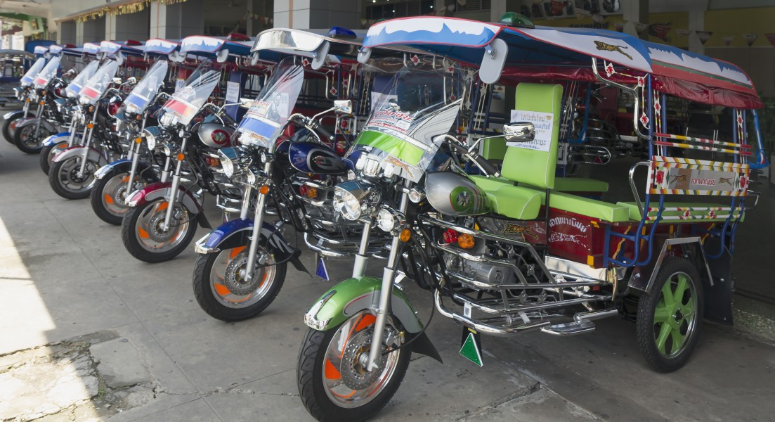 Udon Thani - Tuk-Tuk Shop - 0001