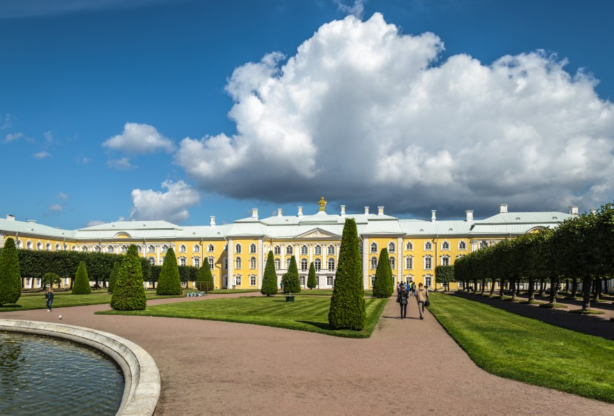 Upper Garden of Peterhof 01