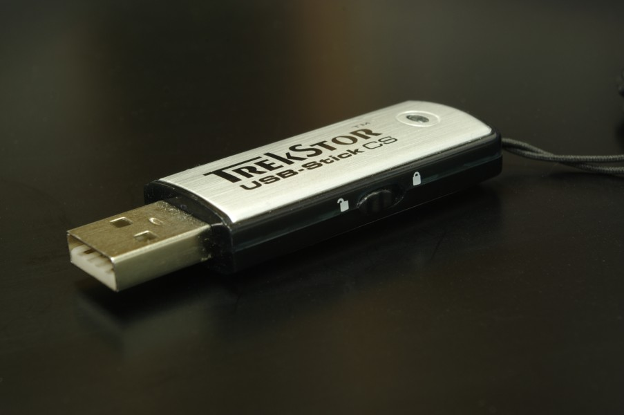 USB stick with write protection IMGP7832 wp
