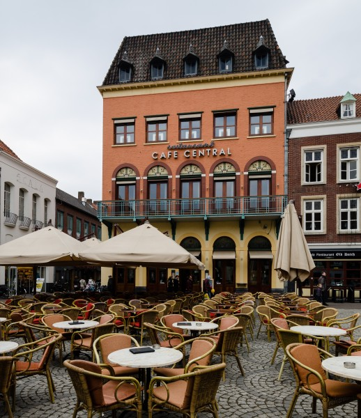 Venlo-Cafe-Central-2013