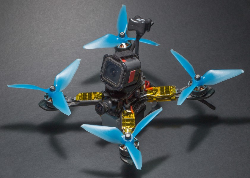 XLabs Shrike V2 200 mm quadcopter frame with components