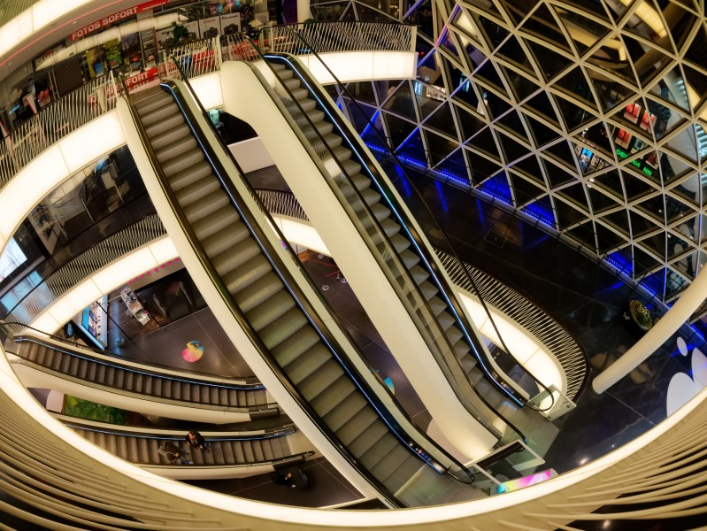 Zeil-Gallery-MyZeil-staircase- with-escalators-in-Frankfurt-am-Main-P1330164N