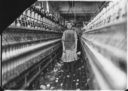 Little spinner in Globe Cotton Mill. Overseer said she was regularly employed there. Augusta, Ga. - NARA - 523158