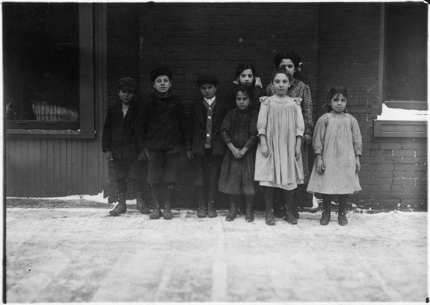 Boys and girls from the canneries - NARA - 523288