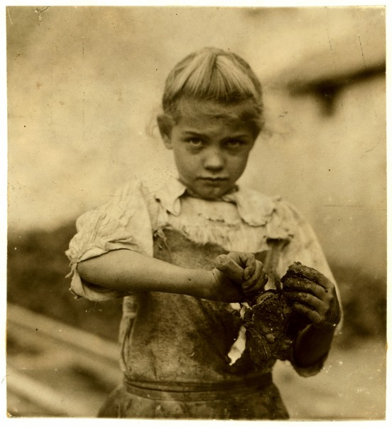 Lewis Hine, 7-year old Rosie, oyster shucker, Bluffton, South Carolina, 1913