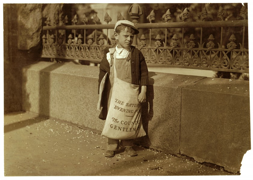 Lewis Hine, Freddie Kafer, 5 or 6 years old, newsboy, Sacramento, California, 1915