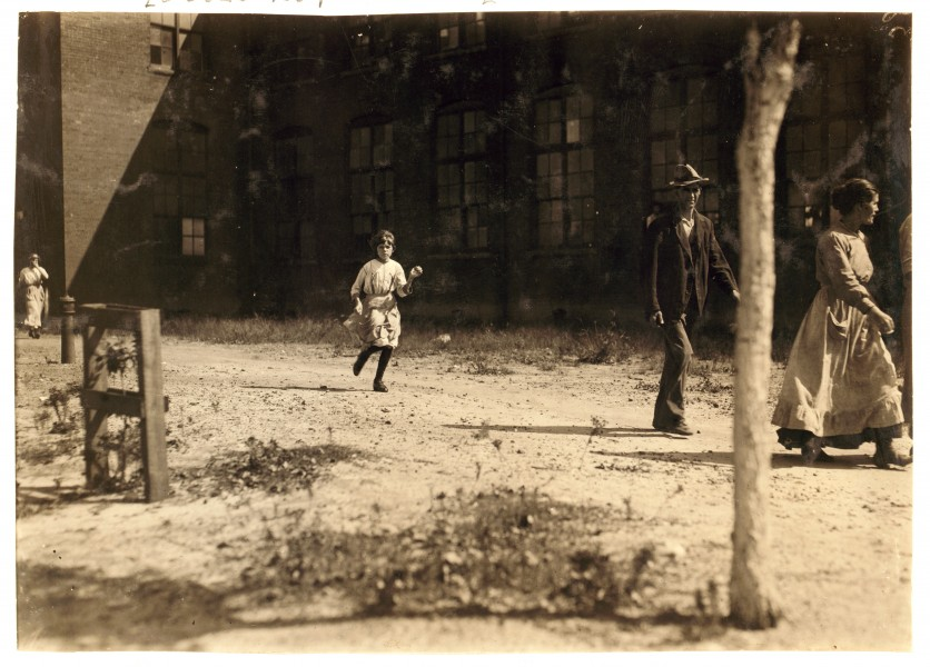 Lewis Hine, Velma Smith, reportedly 12 years old, Opelika, Alabama, 1914