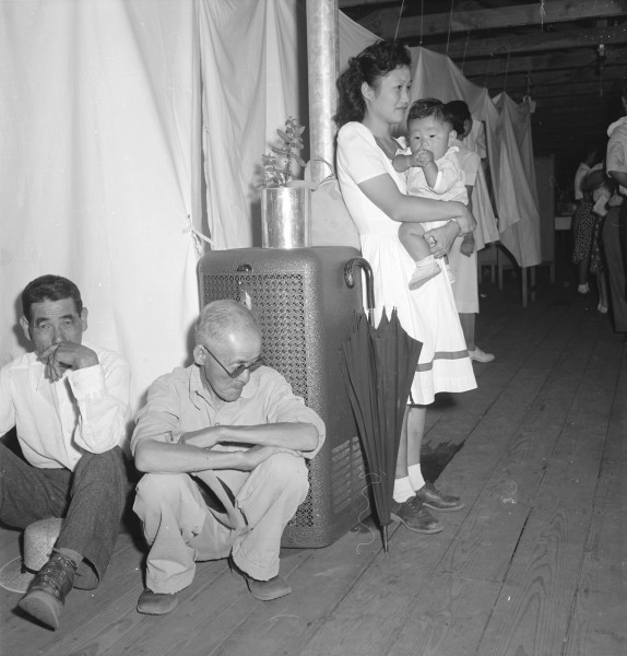 Manzanar Relocation Center, Manzanar, California. A typical interior scene in one of the barrack ap . . . - NARA - 538136