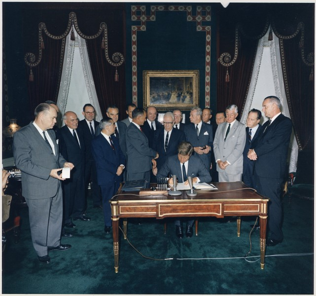 Signing of the Nuclear Test Ban Treaty - NARA - 194230