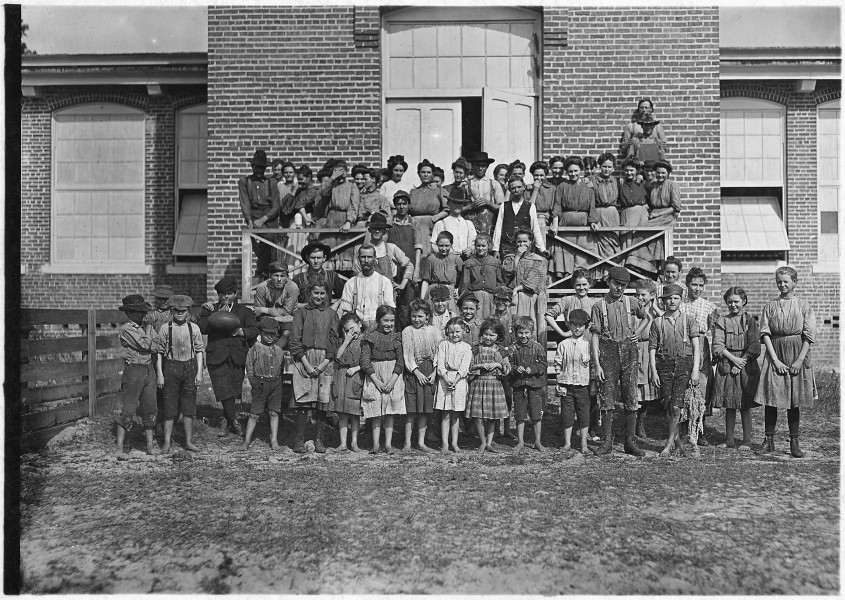 Workers in the Tifton Cotton Mills. All these children were working or helping. 125 workers in all. Some of the... - NARA - 523146