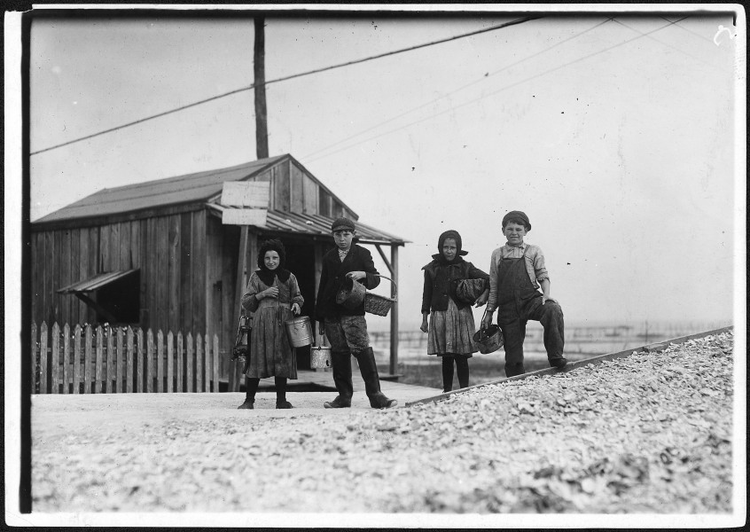 Young oyster shuckers. Pass Christian, Miss. - NARA - 523408