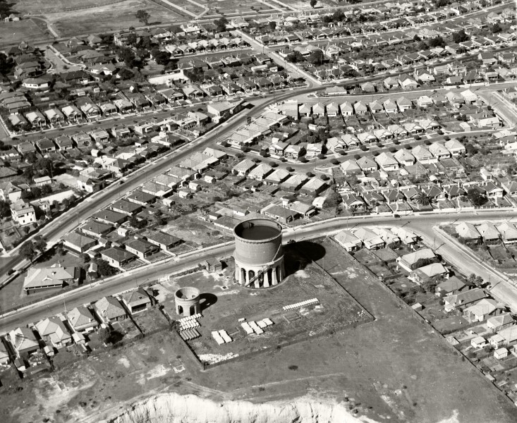 Ashfield Water Storage Tower- 13 August 1936 (19454852355)