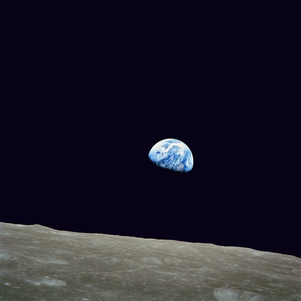 NASA-Apollo8-Dec24-Earthrise Template