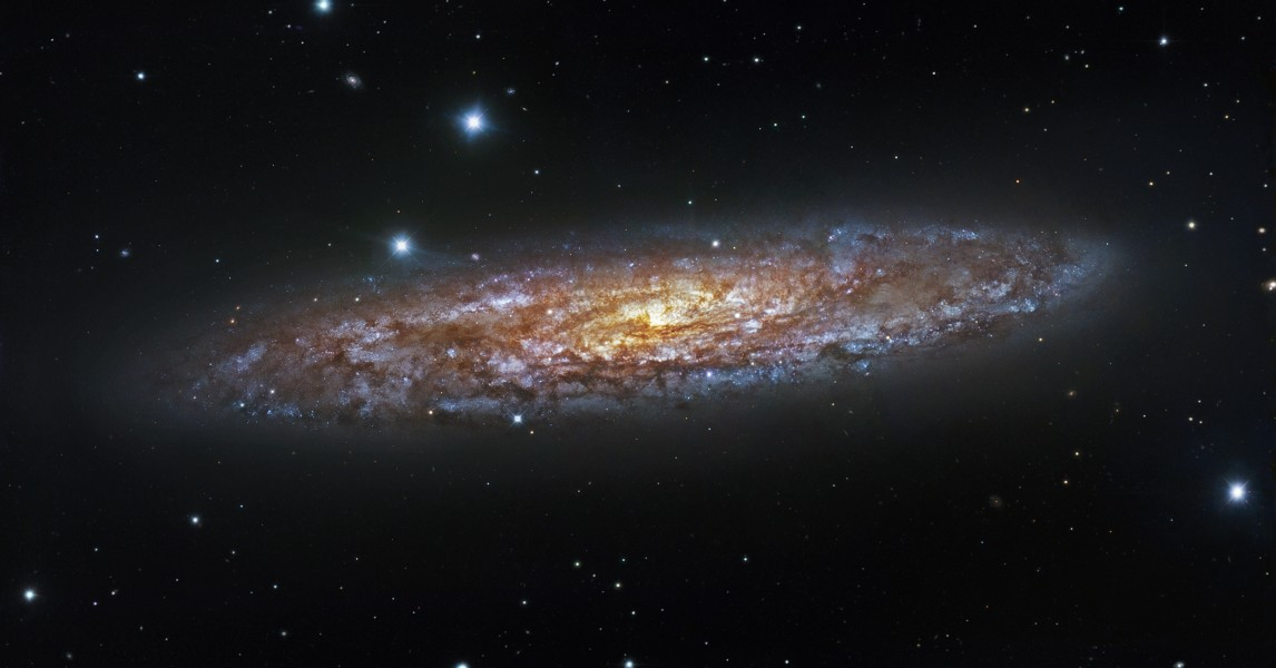 Starburst in NGC 253 (captured by ESO's 1.5-metre Danish telescope)