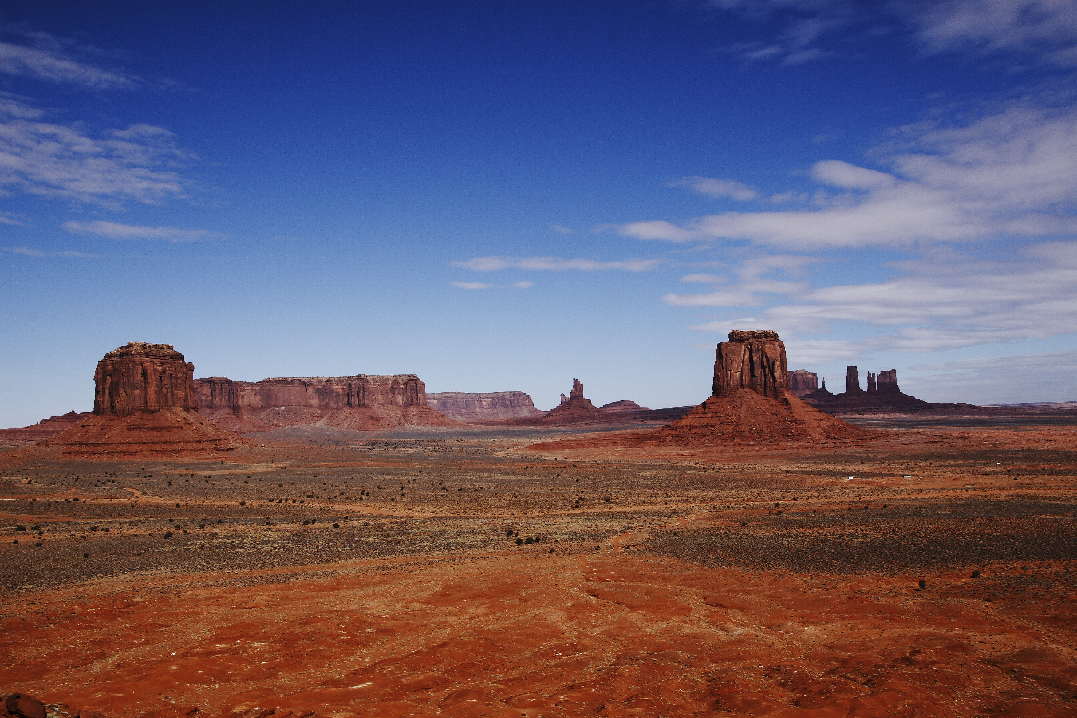 Monument Valley from Artists Point (jmenard48)