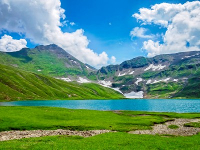 Dudipatsar Lake, Pakistan