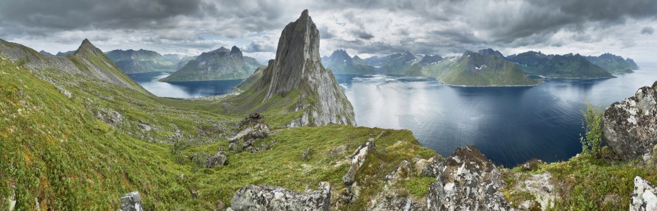 View from a ridge between Segla and Hesten, Senja, Norway, 2014 August