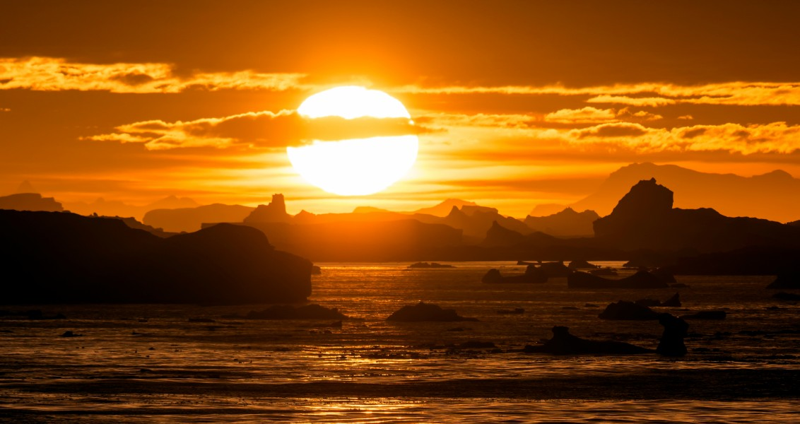 a sunset over icebergs in Lemaire Channel, Antarctica (8381226547)