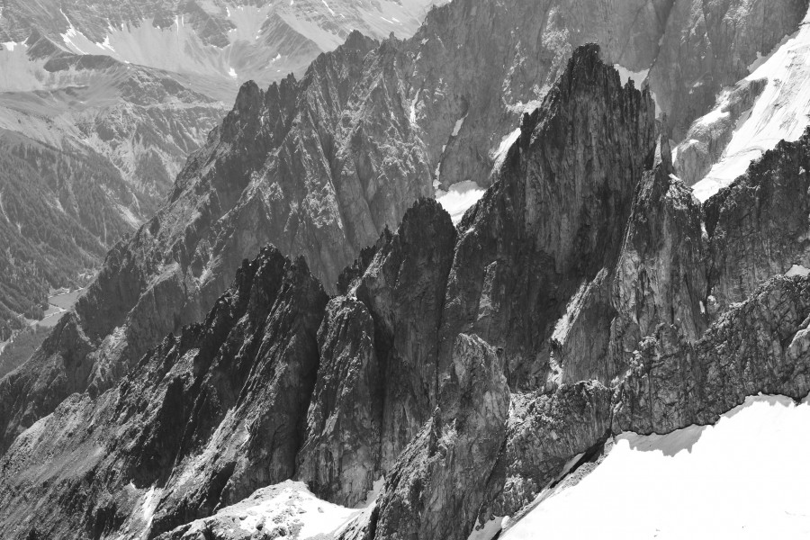 Brenva ridge from Punta Helbronner, 2010 July, bw
