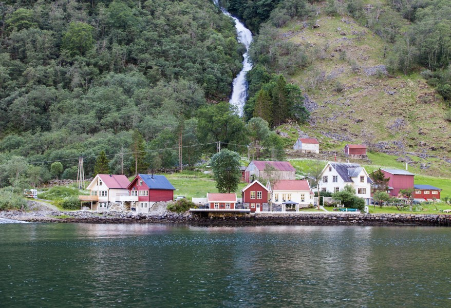 houses at a branch of the Sognefjord, Norway, near Flåm, June 2014, picture 96