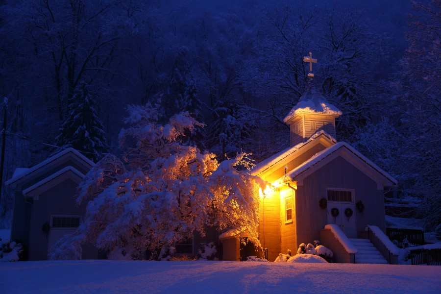 Wv-country-church-morning-snow-storm-pub