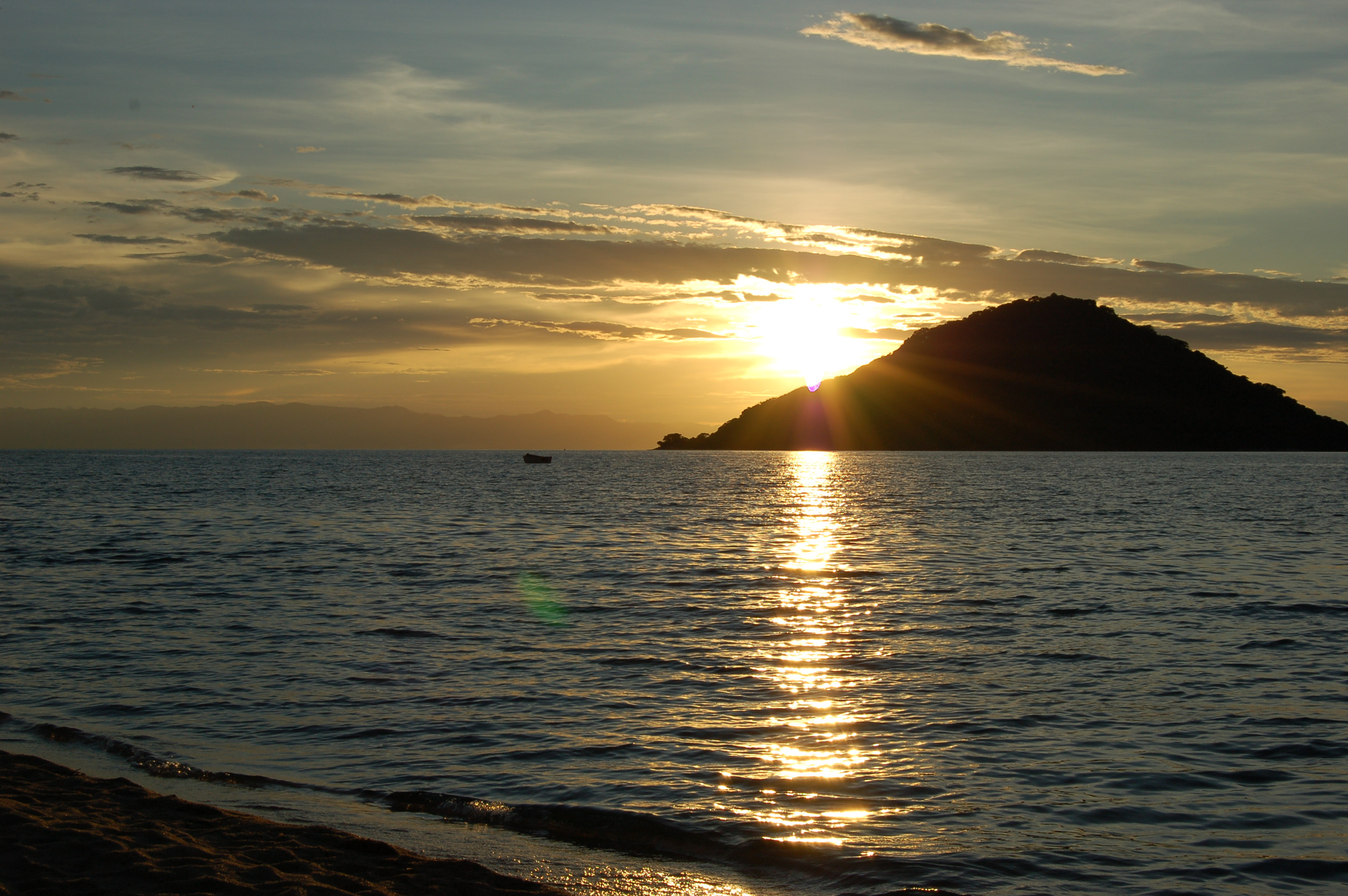 Sunset at Cape McLear, Malawi (2498456335)