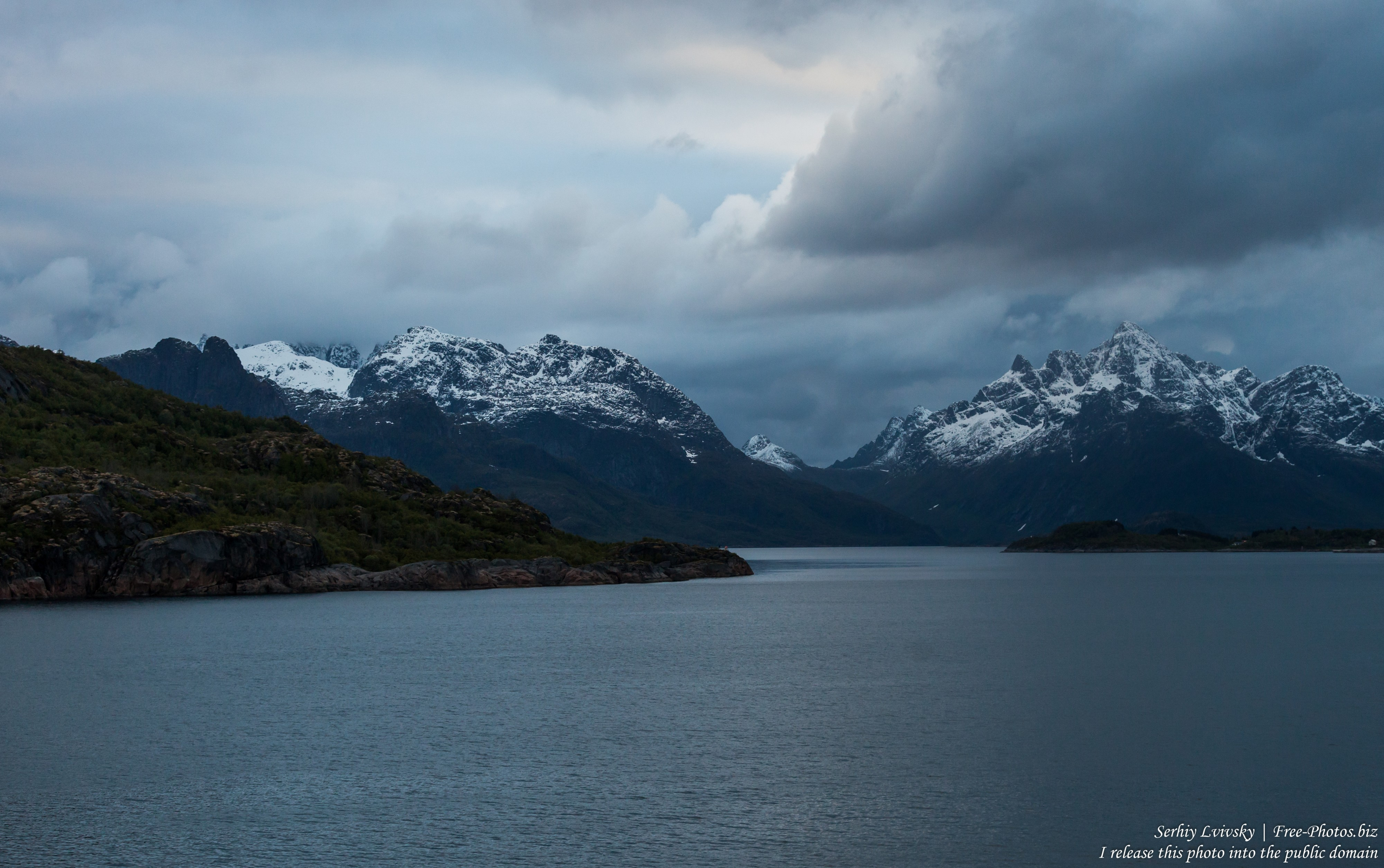 way from Svolvaer to Trollfjord, Norway, photographed in June 2018 by Serhiy Lvivsky, picture 5
