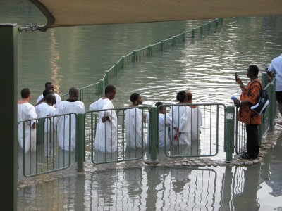 Christians in Jordan river are being reminded of their baptism sacrament, picture 2