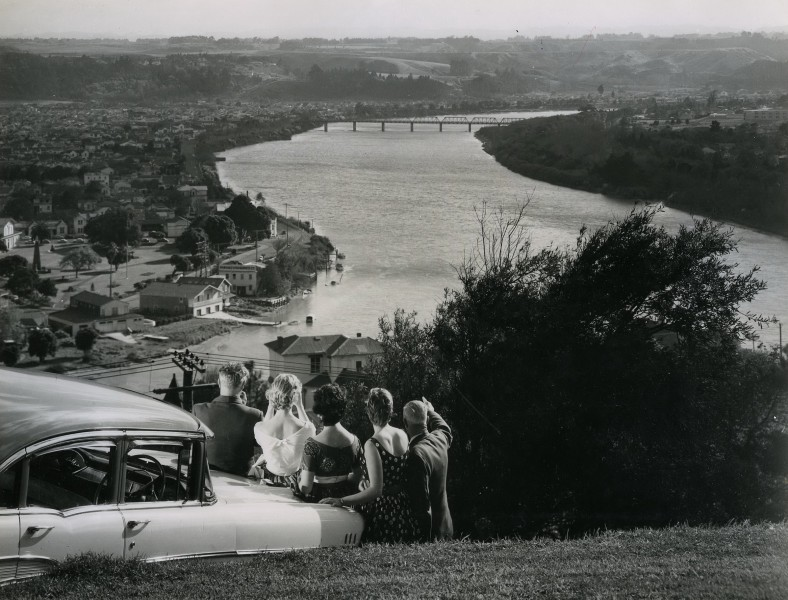Whanganui River and City from Durie Hill, 1958 (15835369131)