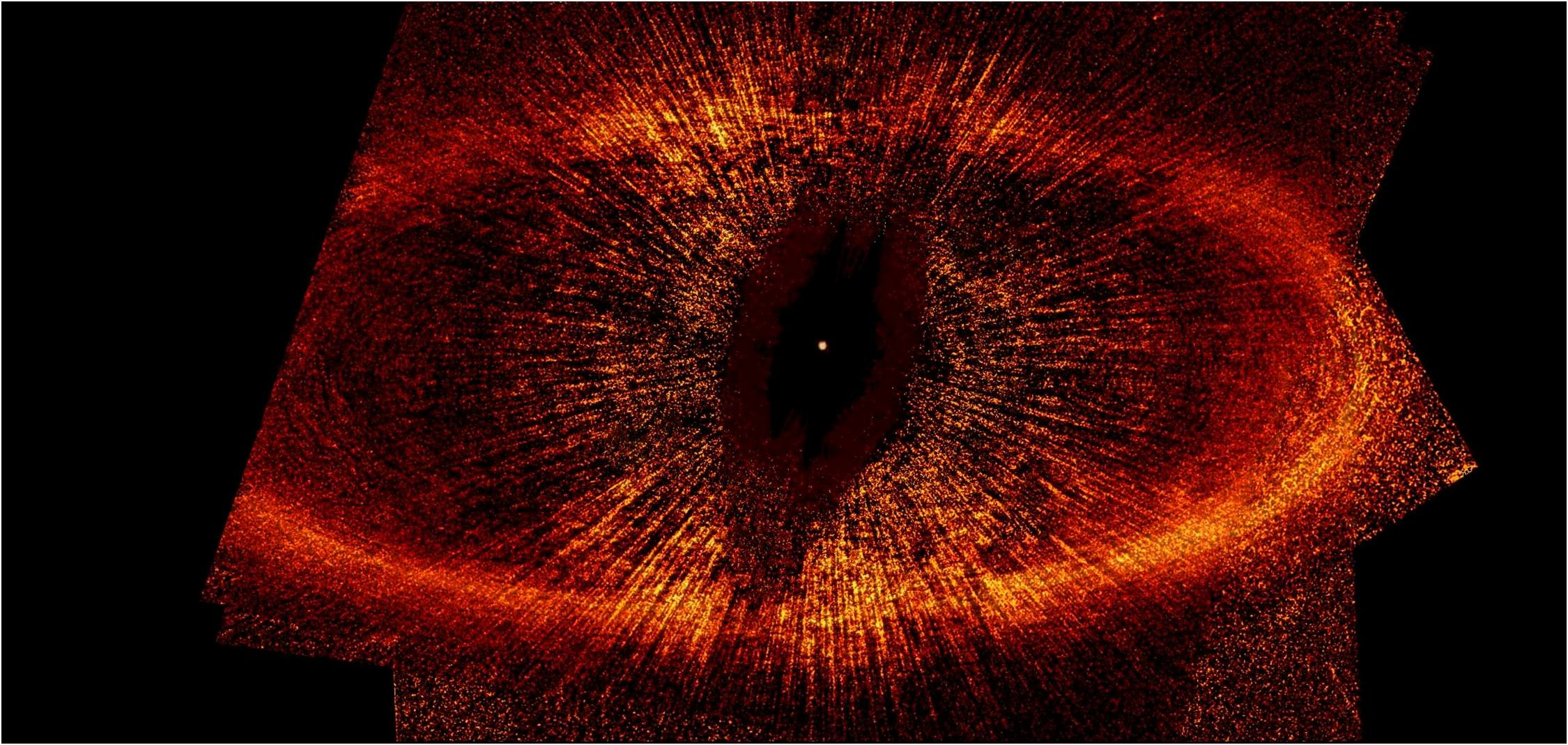 Fomalhaut B entire-Hubble Telescope