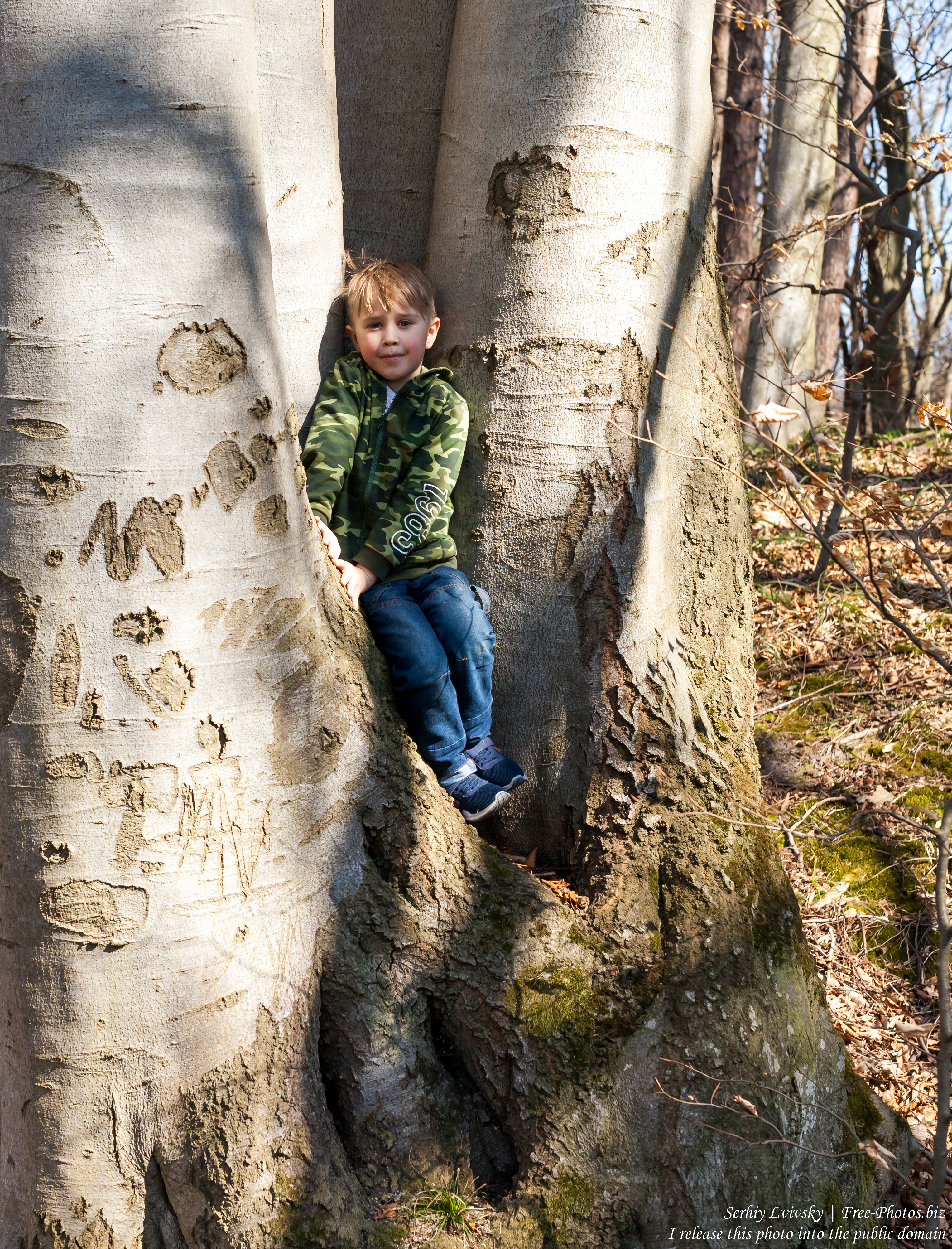 a 6-year-old Catholic boy photographed in March 2019 by Serhiy Lvivsky, picture 1