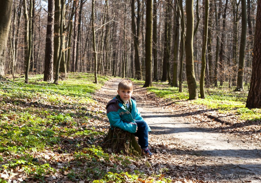 a 6-year-old Catholic boy photographed in March 2019 by Serhiy Lvivsky, picture 2