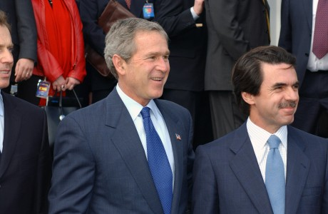 Bush and Aznar at Azores DF-SD-05-00920