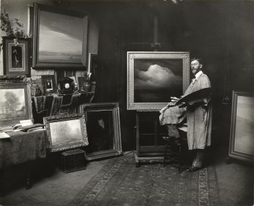 Leon Dabo in his studio