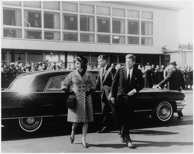 First Lady departs for trip to India and Pakistan. Mrs. Kennedy, President Kennedy. National Airport, MATS Terminal... - NARA - 194178