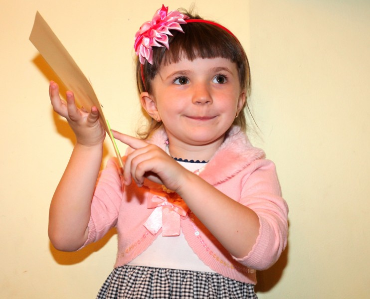 a cutie in a Catholic kindergarten in May 2013, picture 5