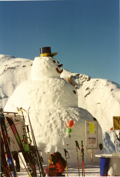 Snowman at St Anton am Alberg