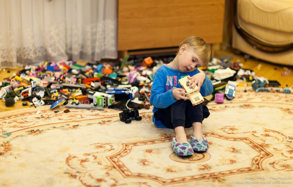 too many toys? Photographed in December 2017.