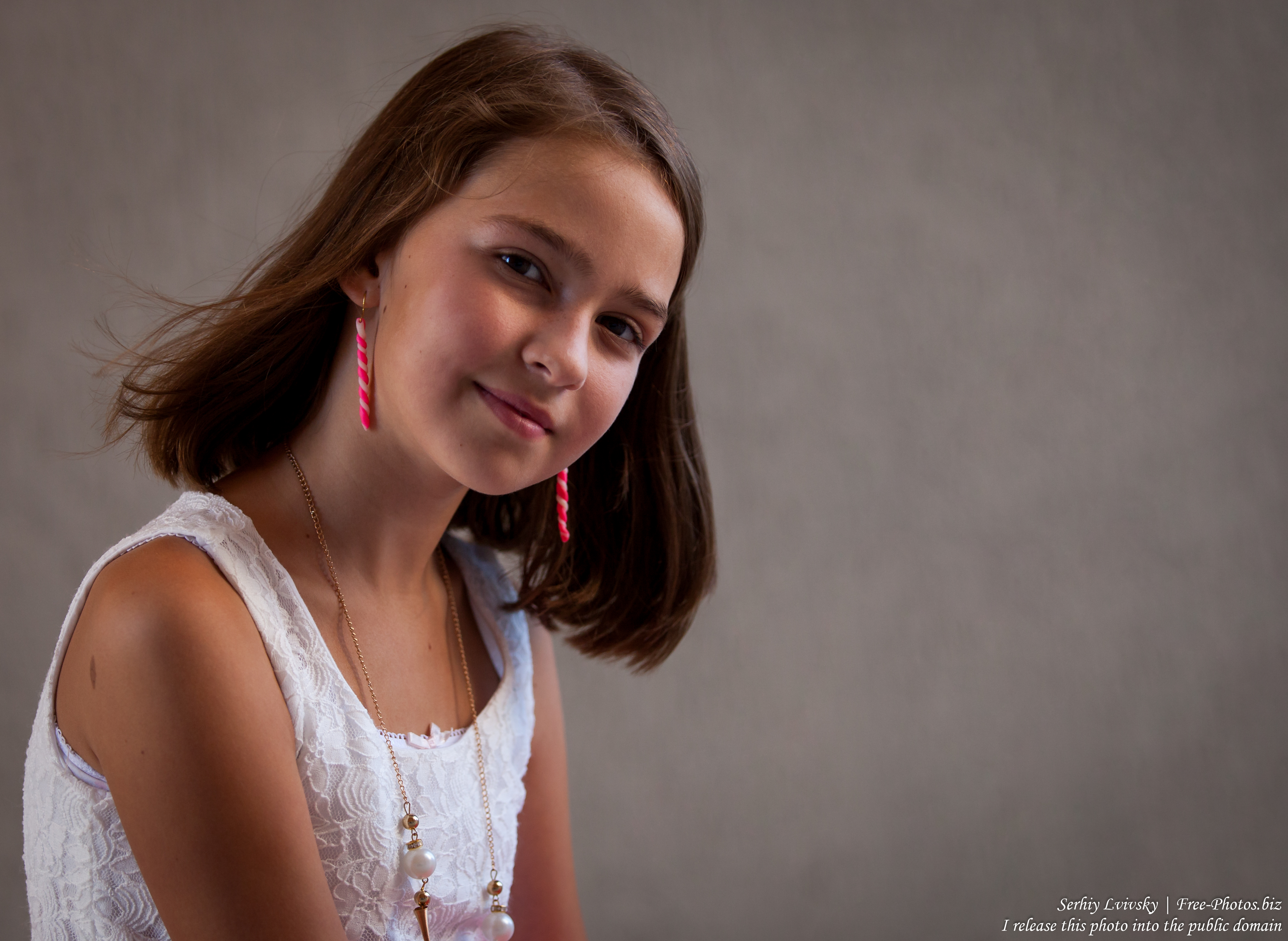 a 12-year-old girl photographed in July 2015 by Serhiy Lvivsky, picture 6
