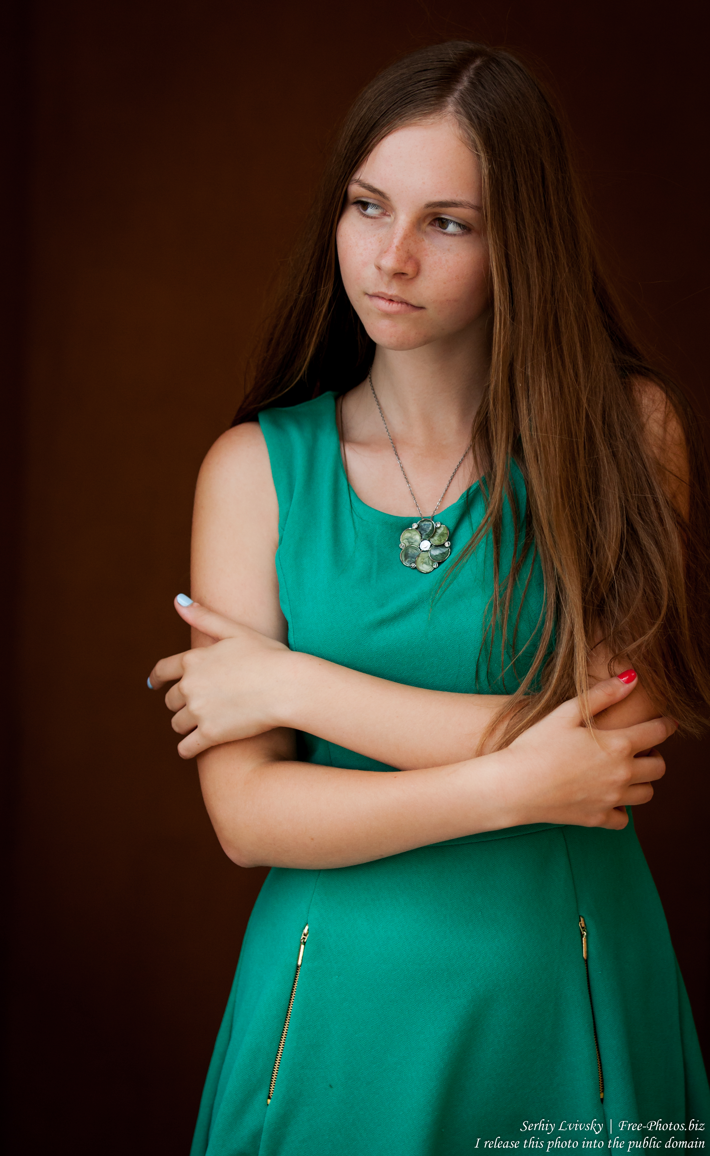 a 14-year-old Catholic girl photographed by Serhiy Lvivsky in August 2015, picture 9