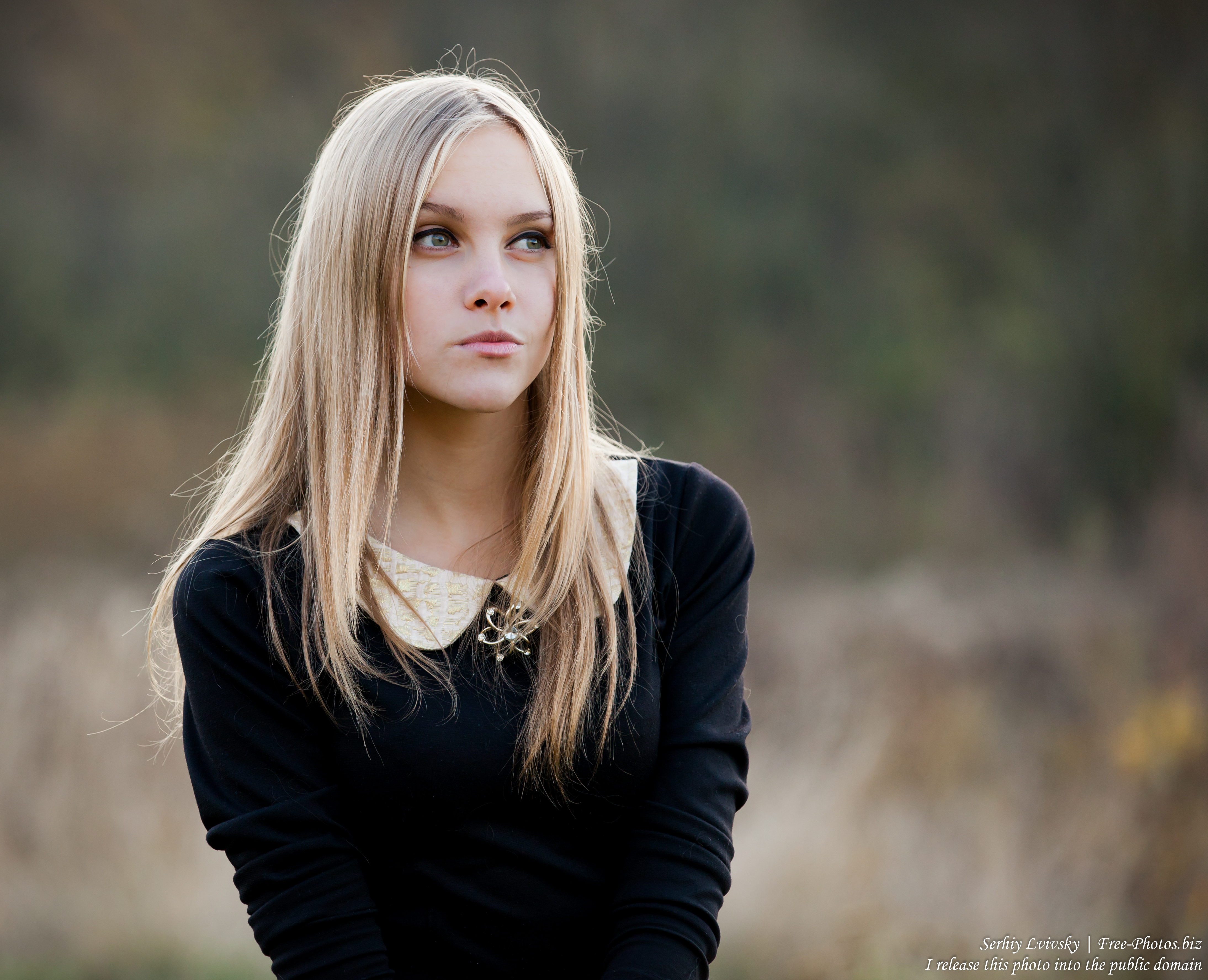 a 15-year-old blond girl photographed in October 2015 by Serhiy Lvivsky, picture 9