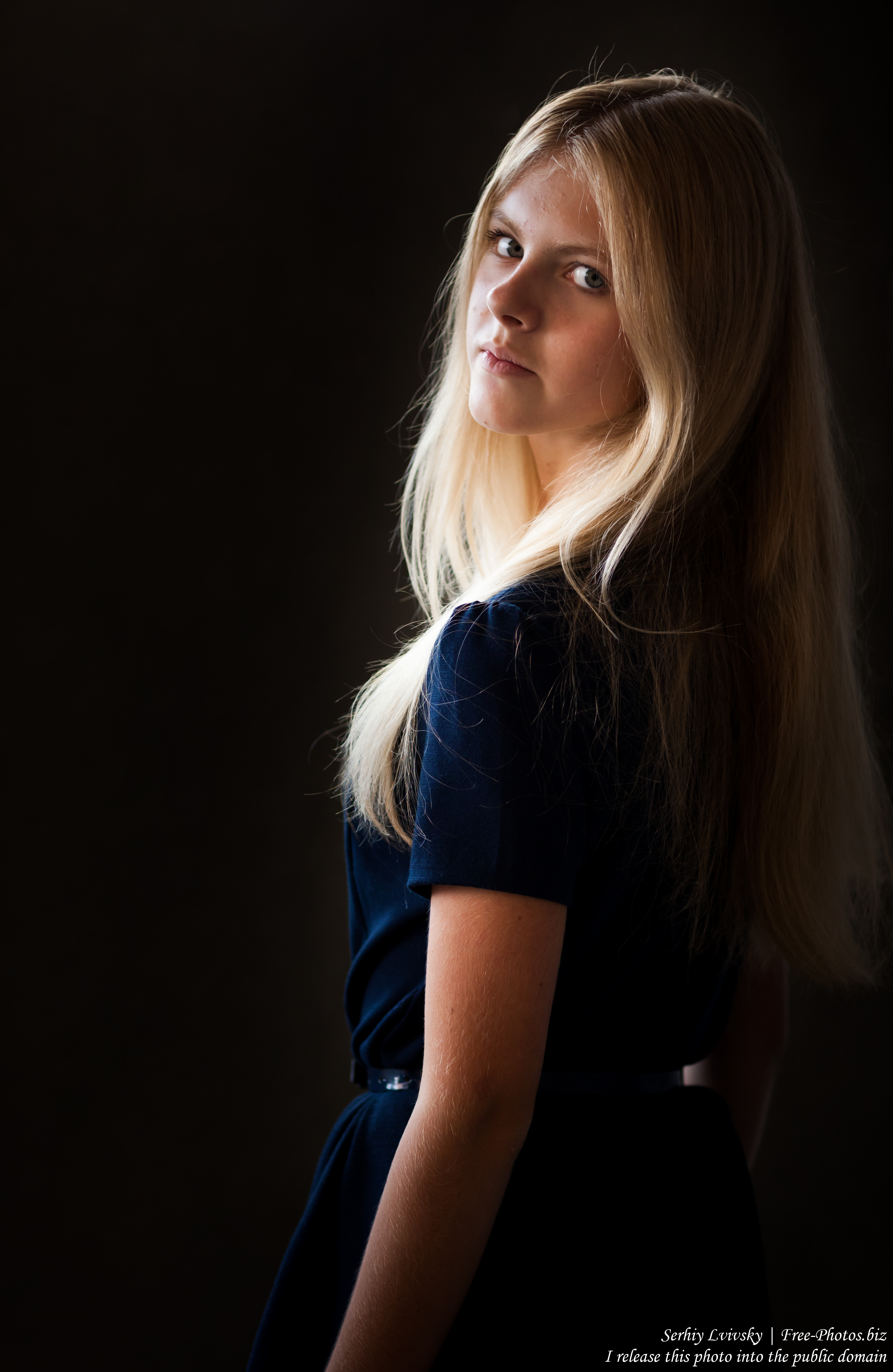 a preteen natural blond girl photographed in August 2016 by Serhiy Lvivsky, picture 6