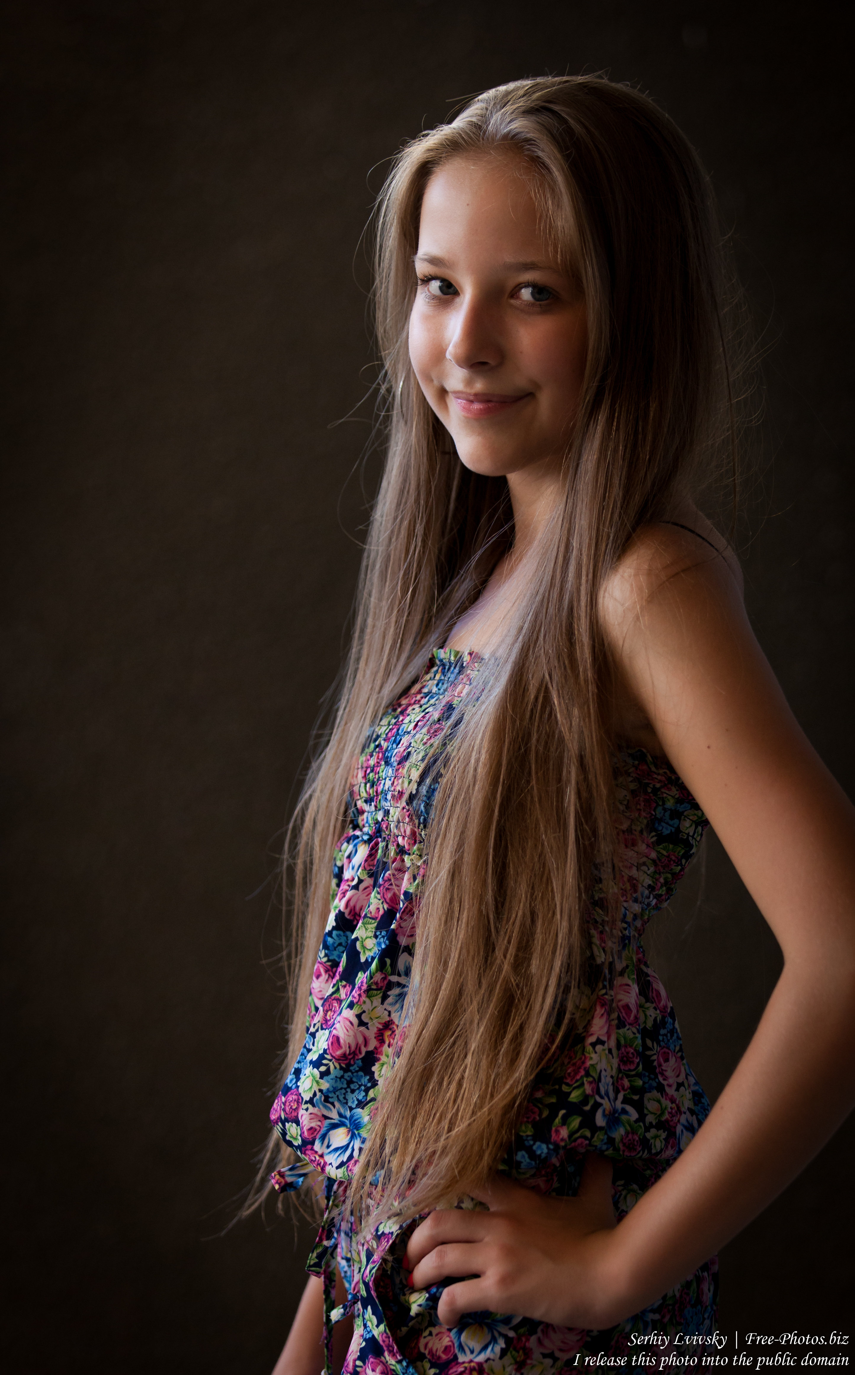 a pretty 13-year-old girl photographed in July 2015 by Serhiy Lvivsky, picture 8