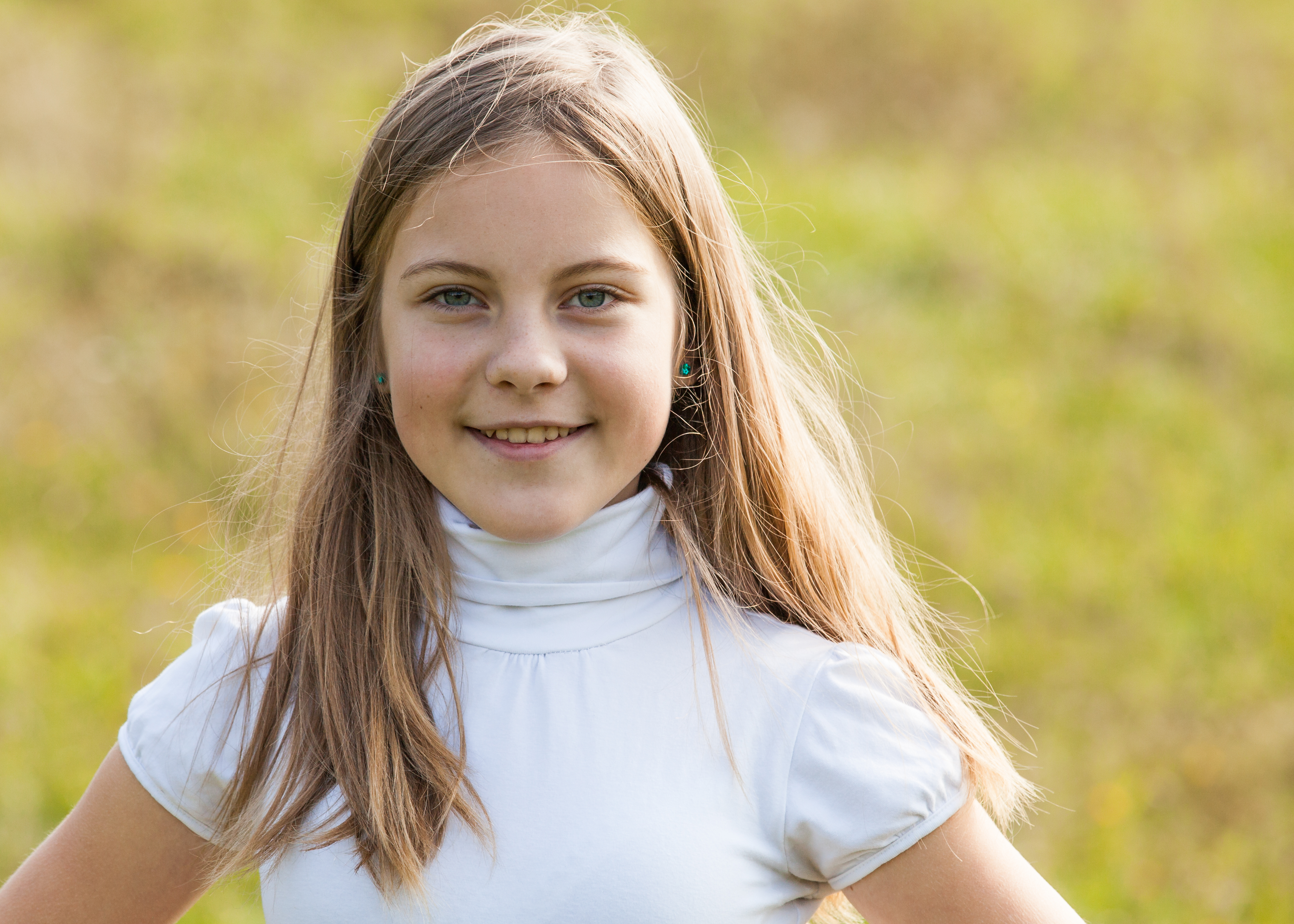 an amazingly beautiful young Catholic girl photographed in October 2014, picture 56